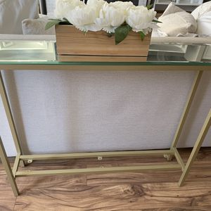 Gold mirror console table for Sale in Beaverton, OR