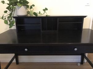 Desk & removable hutch - excellent condition for Sale in El Segundo, CA
