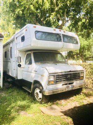 82 Holiday Rambler Motorhome fixer upper for Sale in La Porte, TX