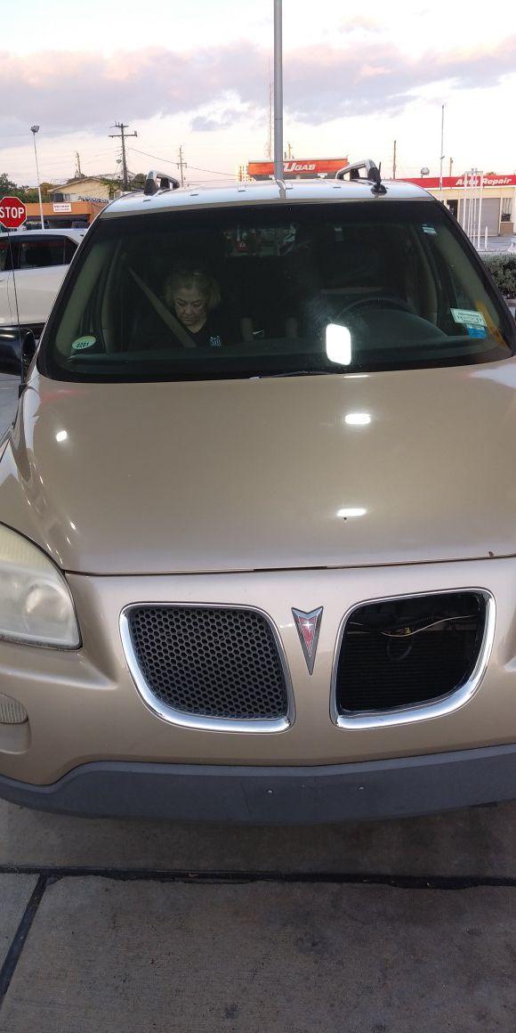 2005 Montana Pontiac
