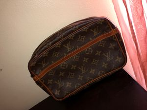GOOD AS NEW LOUIS VUITTON BAG for Sale in Washington, DC