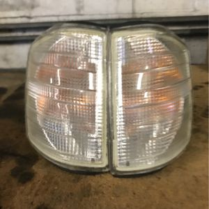 190e W201 Mercedes Clear Corner Lights. for Sale in Renton, WA