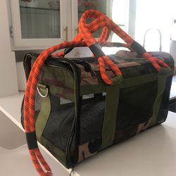 Never Used Camouflage Pet Carrier Dog Or Cat Airline Approved for Sale in Miami,  FL