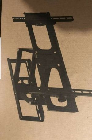Articulating full motion tv wall mount 22 to 75 inch for Sale in Plano, TX