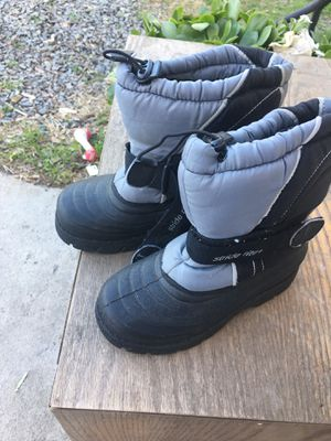 Kids snow boots for Sale in Santa Ana, CA