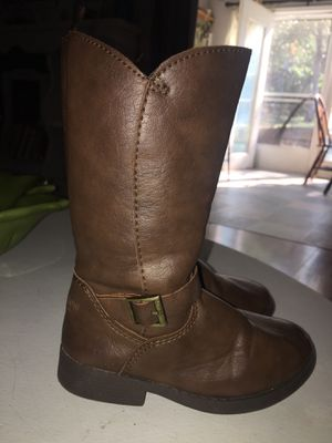 Gently used girl knee high boots for Sale in Grants Pass, OR