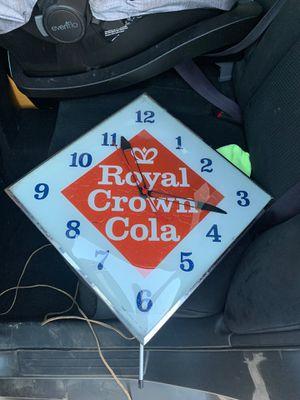 Royal clock for Sale in Phoenix, AZ