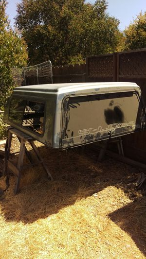 Camper shell - Snugtop for Sale in Visalia, CA