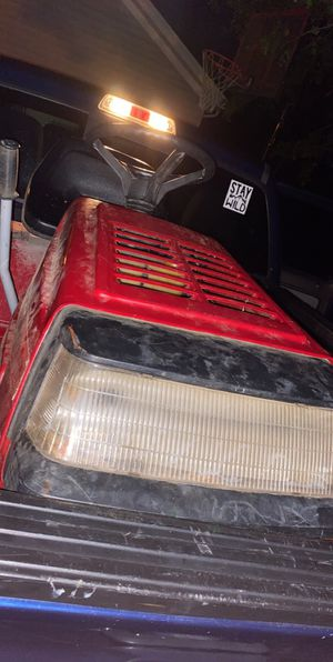 Riding lawn mower for Sale in North Olmsted, OH