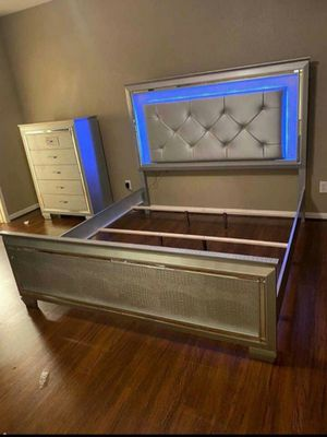 ☆Brand New Silver LED Panel 4/Piece Bedroom Set》Queen, King》Bed Frame, Dresser, Mirror and Night stand included🚚39 DOWN.. for Sale in Houston, TX