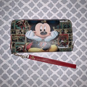 Mickey Mouse Wallet for Sale in Colton, CA