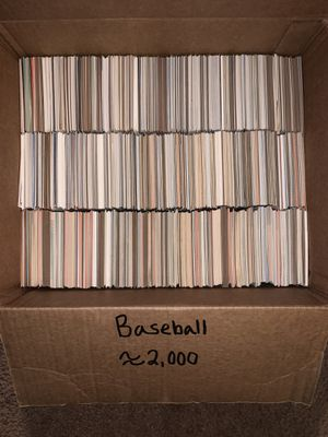 MAKE OFFER!! Box of Vintage Baseball Cards (Lot of About 2,000 Cards Estimation) for Sale in Kent, OH