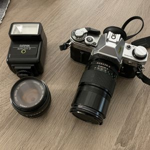 Good Condition Canon AE1 Vintage Film SLR Camera Kit for Sale in Cupertino, CA