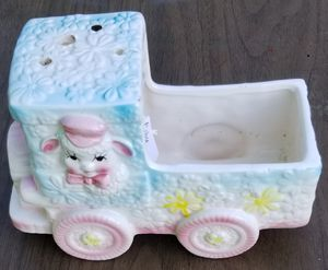 Baby design vintage planter cute for Sale in Three Rivers, MI