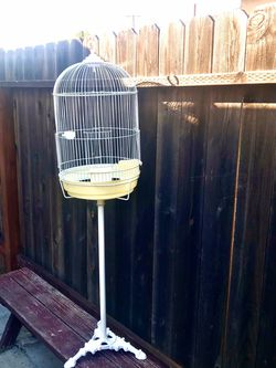 Large Round Dome Top Bird Cage with Stand Good condition for Sale in Torrance,  CA