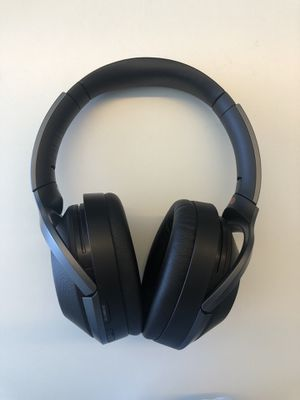 Sony WH1000XM2 - Noise Cancelling Headphones for Sale in Redwood City, CA