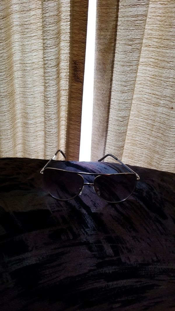 KENNETH COLE SUNGLASSES (REACTION)