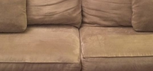 Couch - Pull out sofa (Queen) for Sale in San Francisco,  CA