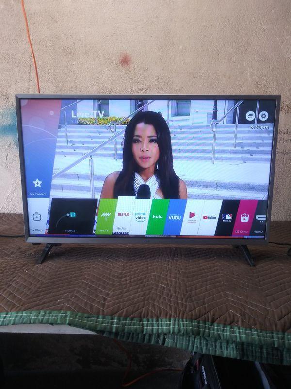 32 inch LG smart tv LED