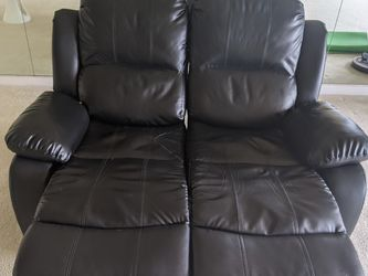 Recliner Loveseat Bonded Leather-2 Seater for Sale in Alameda,  CA