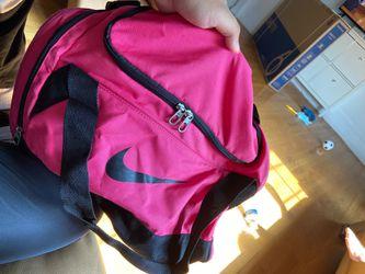 pink nike duffle bag for Sale in Lanham,  MD