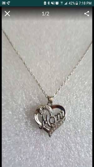Silver plated mom necklace for Sale in Staten Island, NY