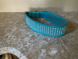 NEW MEDIUM DOG COLLAR for Sale in Hemet, CA