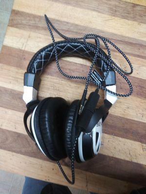 Gaming headphones for Sale in Lakewood, CA
