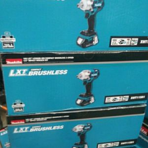 MAKITA XWT11SR1 18V BRUSHLESS CORDLESS 3 SPEED 1/2 IN DRIVE IMPACT WRENCH KIT for Sale in Fontana, CA