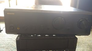 Onkyo integrated amplifer for Sale in Wellington, OH