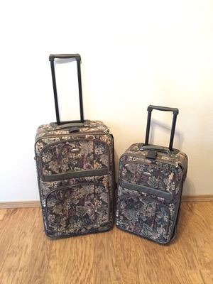 Luggage set for Sale in Everett, WA