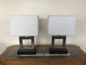 High End Table Desk Lamp Witt (2) 110V Outlets Power Source Set Pair Of TWO Lamps for Sale in Plainfield, IL