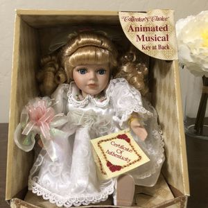 Musical collectors choice Doll for Sale in West Jordan, UT