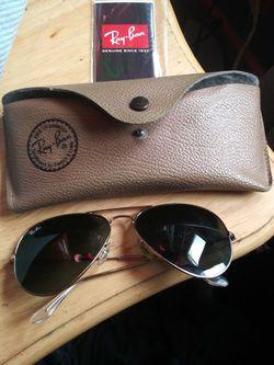 Ray Ban Aviator Sunglasses for Sale in Nashville,  TN