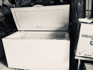 freezer, 62Wx28Dx35H, 15.7 Cubic feet for Sale in North Springfield, VA