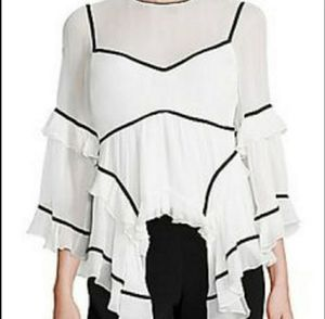 Cinq á sept Woman's silk blouse Size small Retail 345.00 Small Tiny stain for Sale in Long Beach, CA