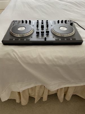 I'm selling Numrak Mixtrack DJ equipment. for Sale in Los Altos Hills, CA
