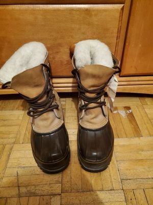 Eddie bauer wool snow boots for Sale in Tacoma, WA