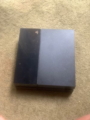 PlayStation 4 , come with 2 controllers , hdmi cord and a power cord for Sale in Lee's Summit, MO