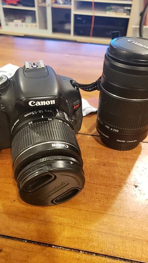 Canon eos Rebel T3i for Sale in San Diego, CA