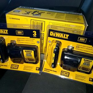 Dewalt FlexVolt Brushless Hammerdrill & Impact Wrench W/2 Xtra Batteries All New for Sale in Tacoma, WA