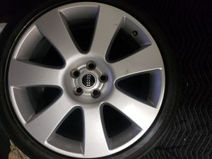 22 range rover wheels and tires for Sale in Perth Amboy, NJ