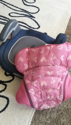 Graco Booster Seat with Cover for Sale in Portland, OR