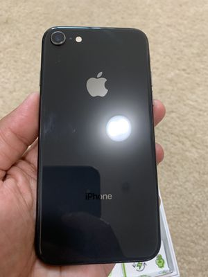 iPhone 8 64gb in excellent condition $200 for Sale in Kent, WA