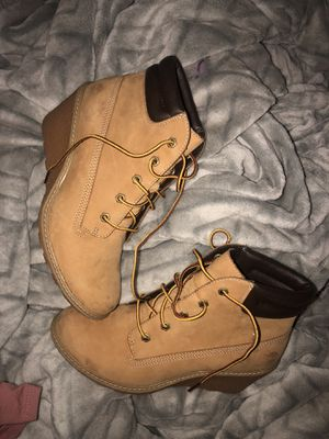 Timberland Heels for Sale in Bloomington, IL