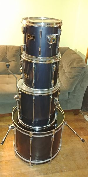 Pearl Export Series Drum Set for Sale in Brooklyn Park, MD
