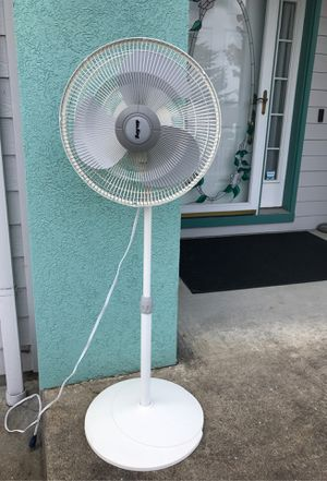 """AirKing approx 52"""" tall for Sale in Troutdale, OR"""