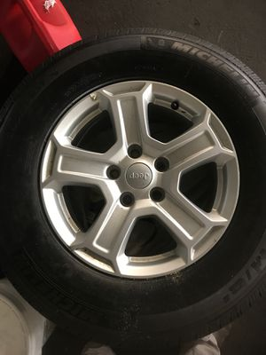 Jeep wheels and tires for Sale in Tacoma, WA