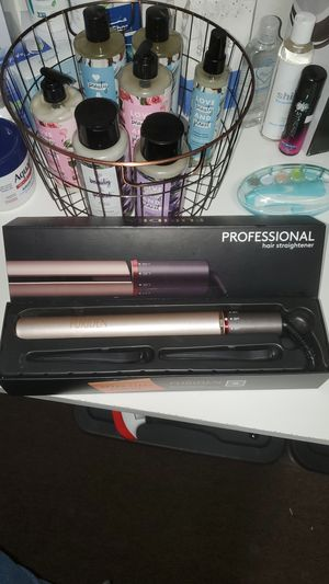 Furiden Professional Hair Straightener for Sale in Upland, CA