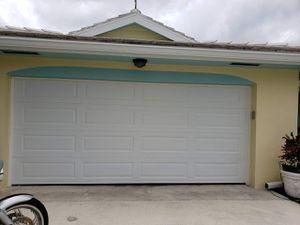 HURRICANE IMPACT GARAGE DOORS for Sale in Pembroke Pines, FL